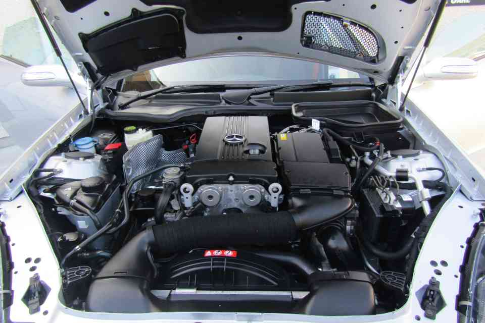 An immaculately clean Mercedes-Benz car engine