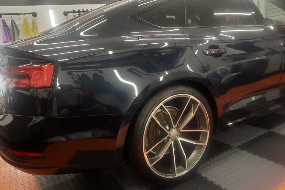 Shows a car with a high gloss shine
